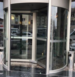 Manuel Döner Kapı